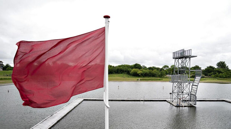 Det røde flag er hejst i Vestre Fjordpark, men heldigvis kun de kommene cirka tre uger.