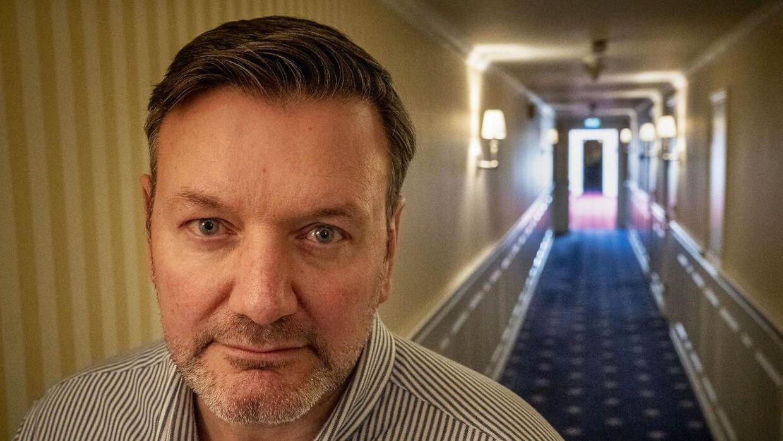 Michael Lauritsen, direktør på Marienlyst Strandhotel, har talt med store bogstaver overfor to ansatte efter en episode med landsholdsspillerne.