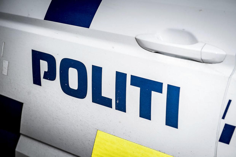 Politibil ved Københavns Byret, mandag den 4. marts 2019.