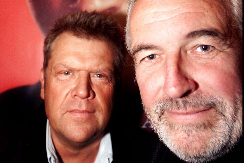 Noller og Jørgen Olsen - og et gammelt idol i baggrunden.