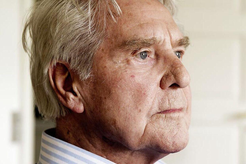 Holger Juul Hansen er fortsat indlagt på grund af den alvorlige lungebetændelse, han pådrog sig i starten af september.