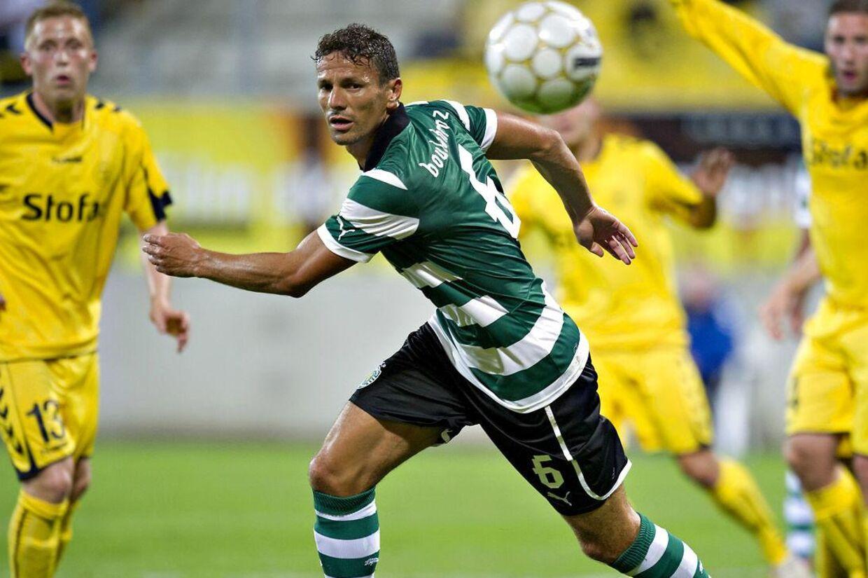 Boulahrouz i kamp for Sporting Lissabon. Han bliver godt betalt, hvis han fortsætter karrieren i Brøndby.