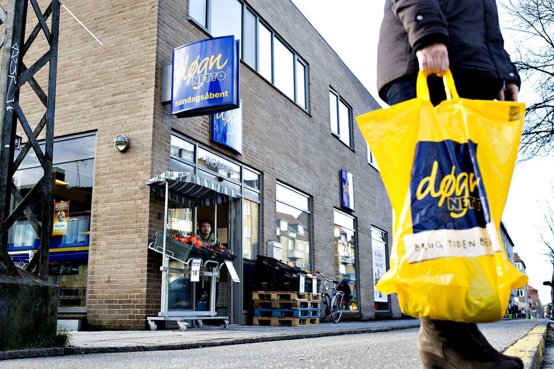 Døgn-Netto på Frederikssundsvej i Københavns nordvestkvarter, har haft store problemer med lokale drengebander, der plyndrer butikken.