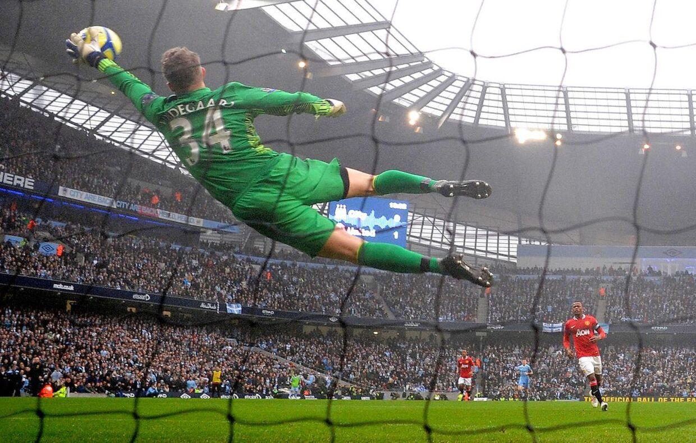 Anders Lindegaard på toppen af karrieren i et brag mod United-rivalen Manchester City
