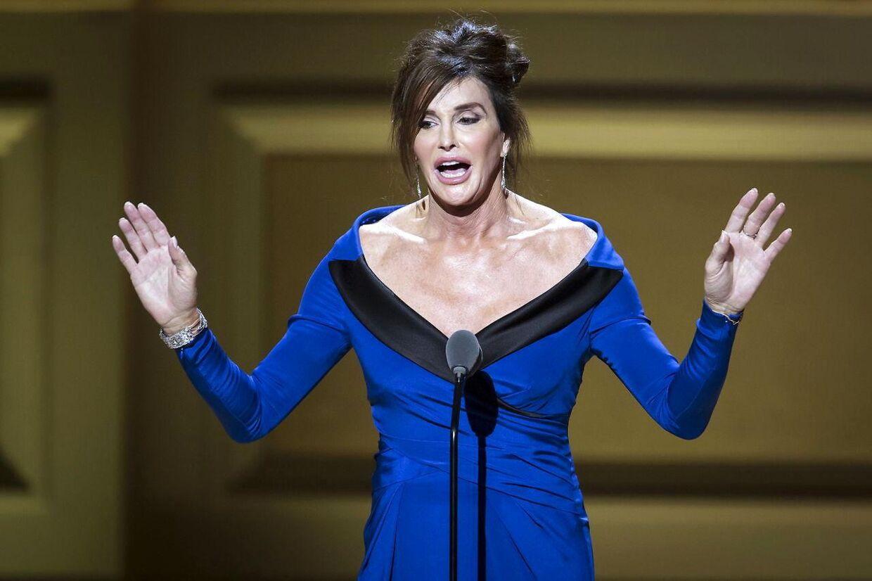 Arkivfoto: Caitlyn Jenner, der tidligere hed Bruce Jenner, var offer for en joke af Ricky Gervais ved dette års Golden Globe Awards REUTERS/Carlo Allegri