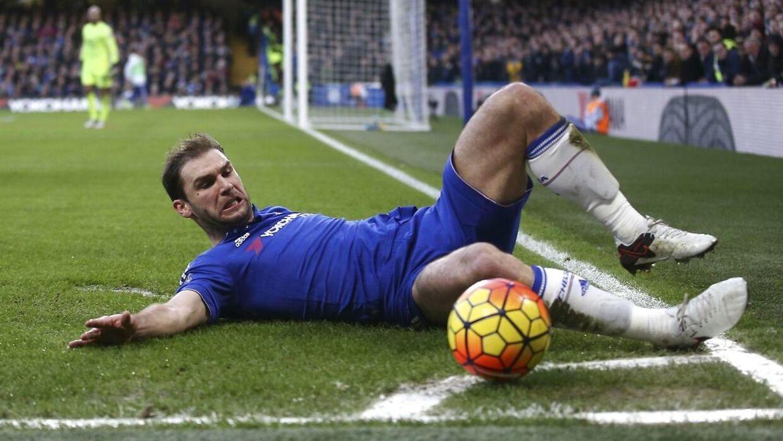 Ivanovic forlænger med Chelsea.