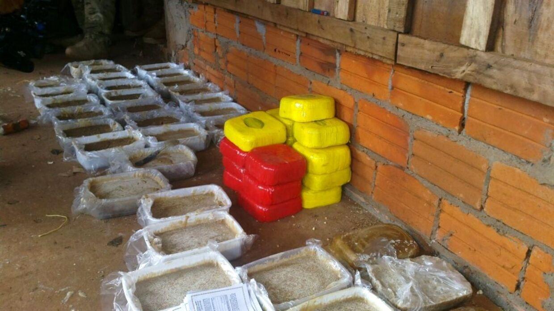Billeder af den utrolige mængde kokain, der blev fundet