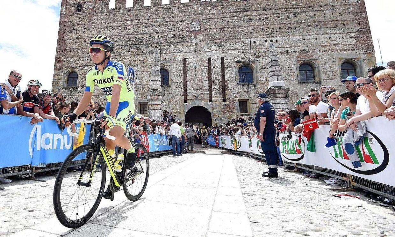 Christopher Juul-Jensen ses her under sidste års Giro d'Italia. I år kan han få debut i Tour de France.