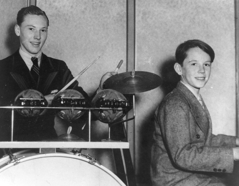 Pianist Bent Fabricius Bjerre vinder Radiolytternes jazzkonkurrence sammen med Arne Petersen. Arkivbillede fra sidst i 1930 ´erne.