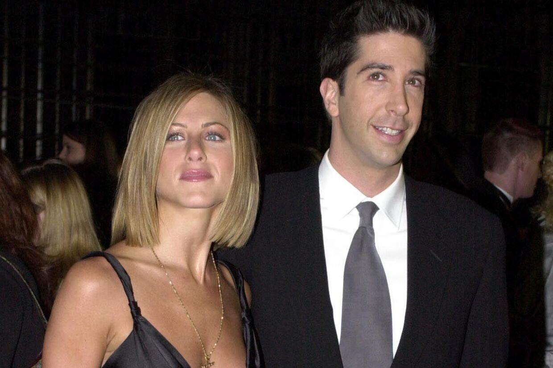 Venskabet mellem de to 'Friends'-stjerner Jennifer Aniston og David Schwimmer er angiveligt slut, efter at Jennifer sagde på TV, at hun ikke aner hvem, David skal giftes med.