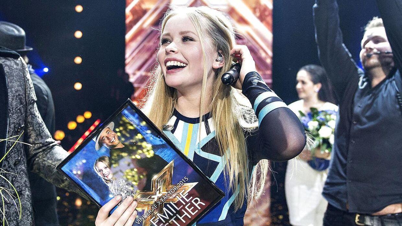 Vinder af X Factor finalen fredag aften d. 27. marts i Boxen i Herning blev Emilie Esther (Remee), her ses hun på scenen efter sejren.