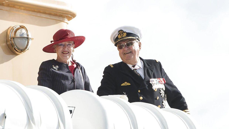 Royalt Sommertogt - Regent parret besøgte onsdag 02.09.2015 Vejle. Her ved ankomsten Vejle Havn med Kongeskibet.