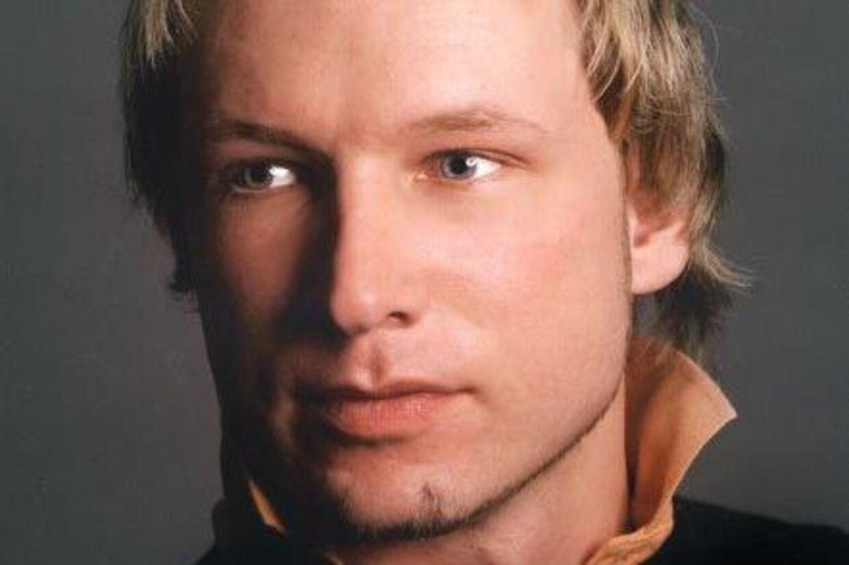 Den 32-årige Anders Behring Breivik er terrorsigtet for både bomben i Oslo centrum og massakren på den politiske ungdomslejr.