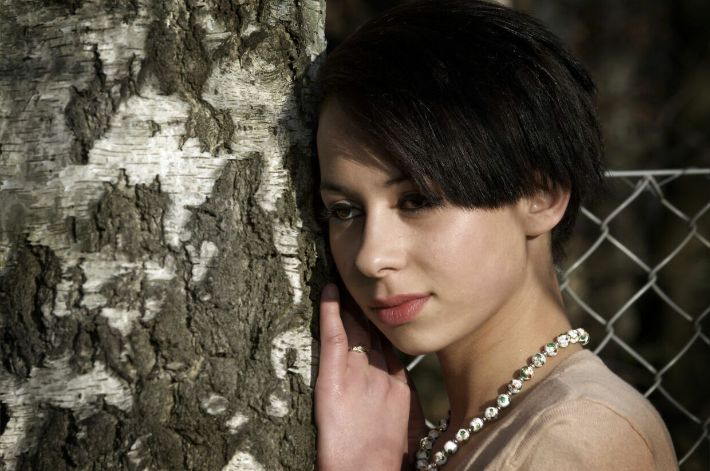 Nicoline Simone er sammen med sin ekskæreste tiltalt i en stor narkosag. Hun nægter sig skyldig.