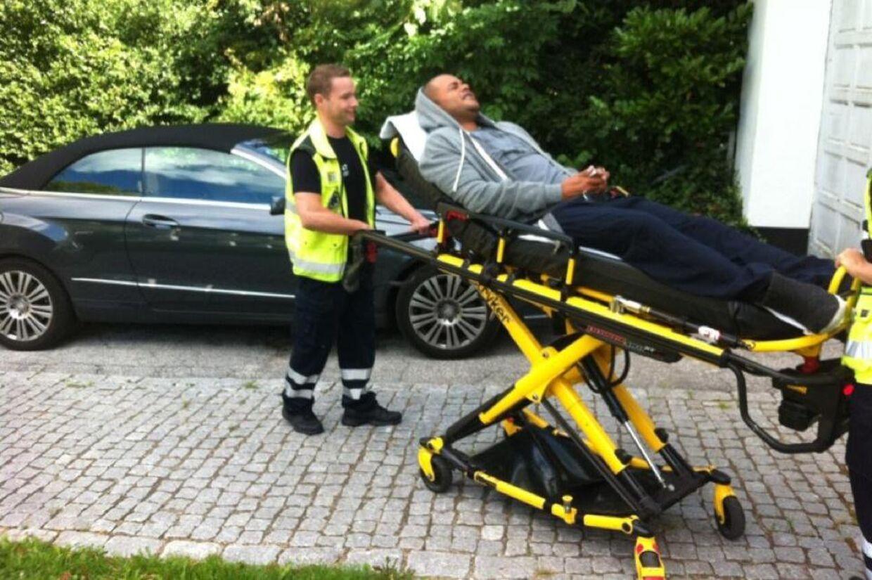 Den tidligere X Factor-dommer Remee blev torsdag indlagt med mavesmerter på Frederiksberg Hospital.
