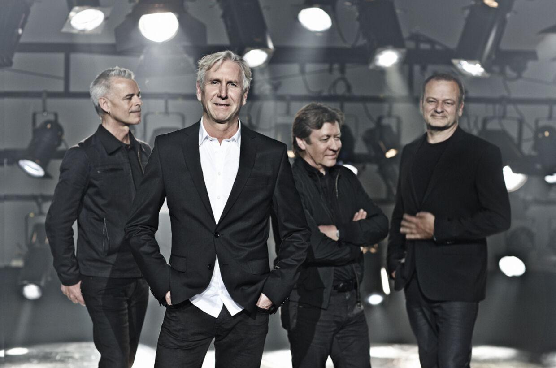 """De gråsprængte herrer fra Aarhus - bedre kendt som TV2 - er klar med et nyt album. """"SHOWTIME"""" udkommer 14. februar - Valentines Dag"""