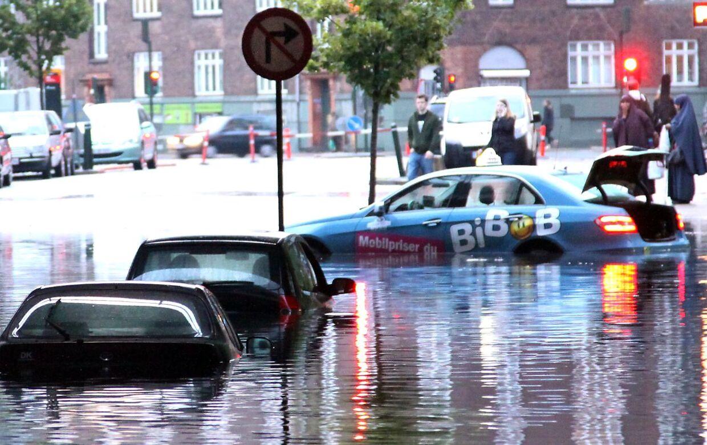 Ti danske byer er i risikozonen for oversvømmelser, hvis Danmark bliver ramt af ekstremt vejr.På billedet ses København, efter at et voldsomt skybrud ramte den 2. juli 201.