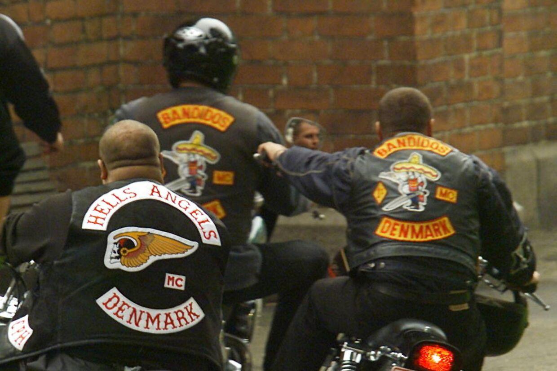 Brian Sandberg skifter fra Hell Angels til Bandidos. Jyske bandemedlemmer er rasende over det tidligere HA-medlems optagelse.
