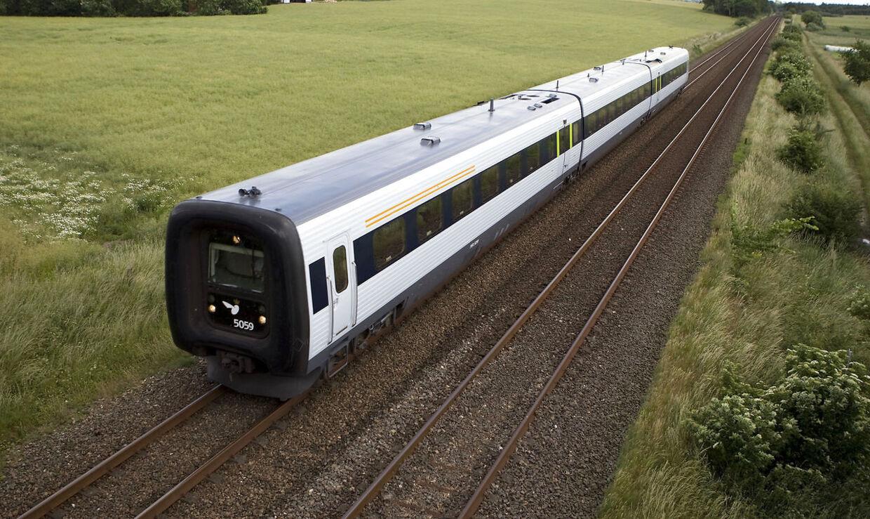 Et IC3 tog på skinnerne mellem Århus og Randers.