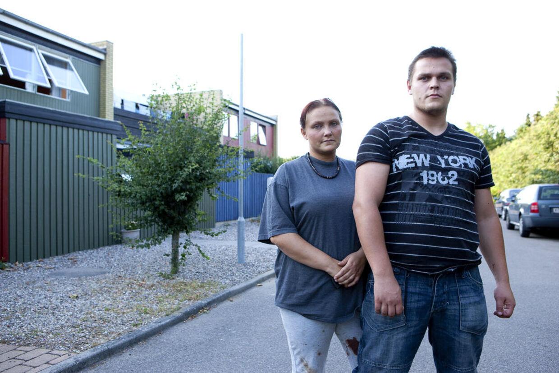Stine Hansen er sønderknust over at hendes hunde gik amok på en lille dreng. To af hundene er netop blevet aflivet.