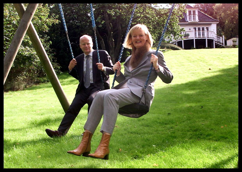 Ejendomsmægler Mette Lykken og hendes mand Tony Mortensen drev sammen ejendomsmæglerkæden 'Mette Lykken Bolig', der nu er gået konkurs.