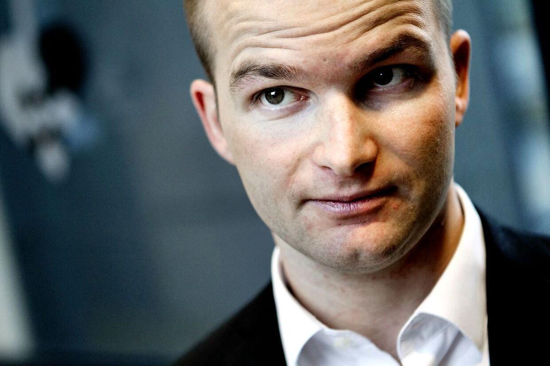 Thor Möger Pedersen besluttede fredag at nedsætte en kommission, som især skal se på Troels Lund Poulsen og hans spindoktor Peter Arnfeldts rolle.