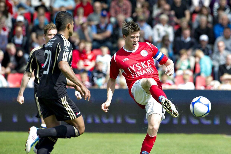 Martin Ørnskov (th) skifter til Brøndby IF fra norske Viking Stavanger.