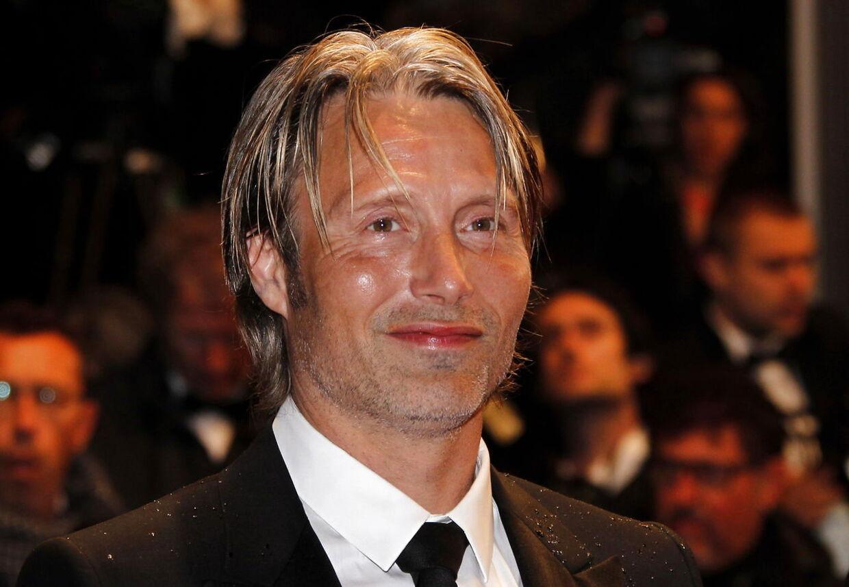 Mads Mikkelsen har forladt Danmark i en længere periode for at optage en tv-serie i Toronto i Canada. Her ses han ved filmfestivallen i Cannes i 2012.