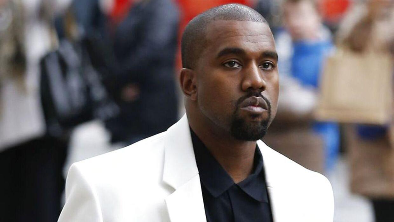 Kanye Wests ego er notorisk kendt for dets enorme størrelse - nu vokser antallet af piratkopierede udgaver af hans nyeste album også til et uhørt niveau.