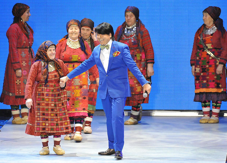 Seks russiske bedstemødre i gruppen Buranovskije Babusjki vandt torsdag d.8.marts 2012 det russiske melodi grand prix og skal repræsentere Rusland ved European Song Contest i Aserbajdsjan den 26. maj.
