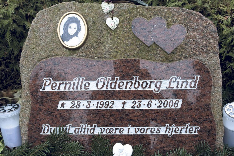 Pernille Oldenborg Lind døde sankthansaften 2006. I februar 2011 genoptog politiet efterforskningen af dødsfaldet efter B.T.s afsløring af flere fejl i den oprindelige undersøgelse.