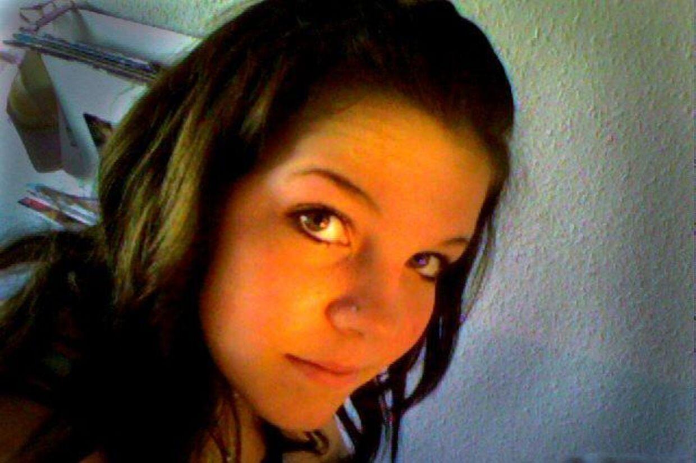Pernille Lind blev 14 år. Forældrene fandt hende hængt i entreen.