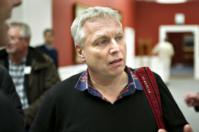 """Kulturminister Uffe Elbæk (R) anklages af Enhedslisten for at bruge samme """"tricks"""", som VK-regeringens ministre."""
