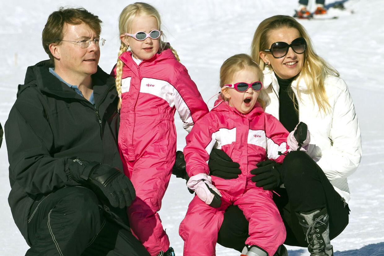 Der bliver ingen tvivl om kønnet på den fremtidige hollandske regent. Kronprinsparret har nemlig tre døtre (arkivfoto).
