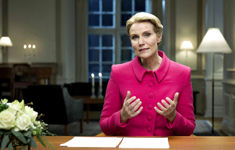 Statsminister Helle Thorning-Schmidt holder sin nytårstale 2013 i Statsministeriet