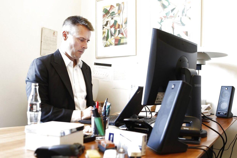 Henrik Sass Larsens tilbagevenden til S-toppen vækker jubel i partiet.
