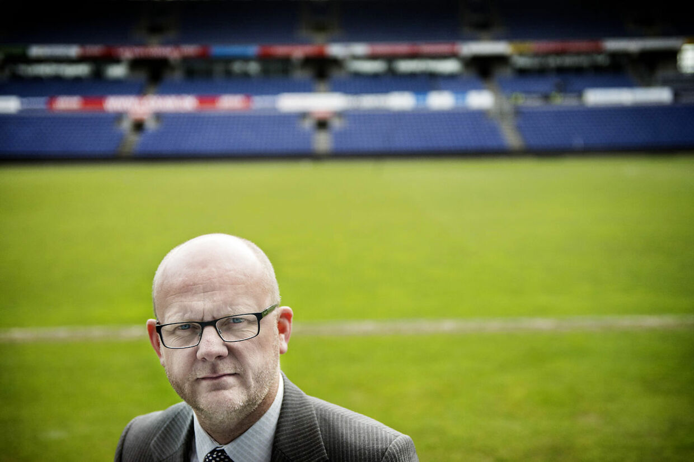 Ifølge BTs oplysninger er Brøndbys sportsdirektør, Per Rud, på jagt efter norsk profil.