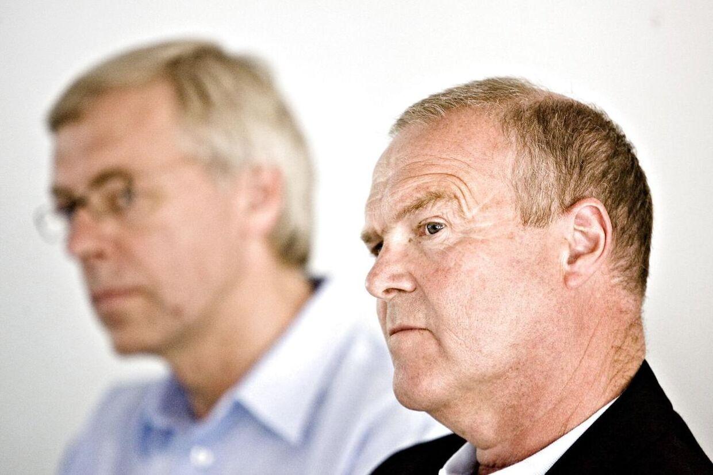 Allan Hansen, formand for DBU (th.) og Jim Stjerne Hansen, generalsekretær for DBU har begge besluttet at stoppe