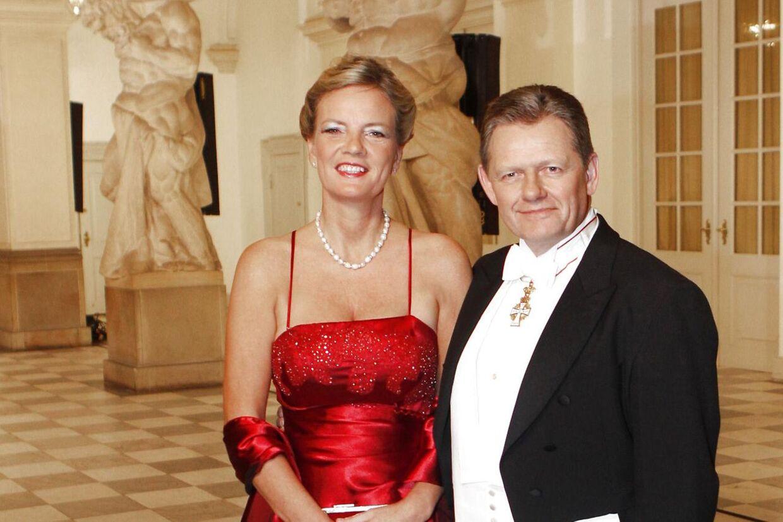 Lars Barfoed med frue Vibeke Barfoed ankommer til gallataffel på Christiansborg Slot søndag 15. januar 2012 i anledning af Dronning Margrethes 40 års regeringsjubilæum. Nu skal de skilles. (Foto: Jeppe Michael Jensen/Scanpix 2012)