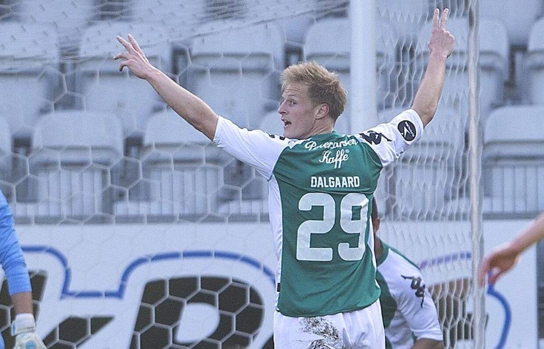 Thomas Dalgaard vil gerne bytte Viborgs grønne 1. divisionstrøje ud med en trøje fra Superligaen eller udlandet, men indtil nu har buddene på ham ikke været høje nok. Foto: Henning Bagger