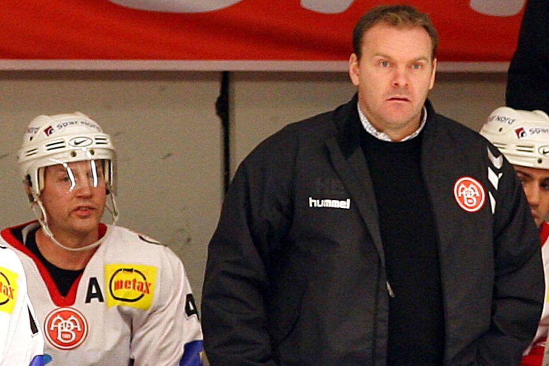 Heinz Ehlers skal være cheftræner for Lausanne i den stærke schweiziske liga, NLA.