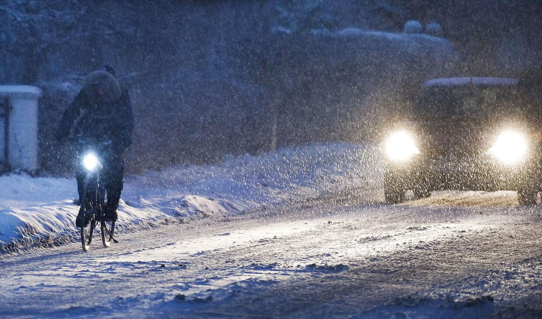 Søndagen ser ud til at blive vejrmæssigt hård med masser af sne og kraftig vind.