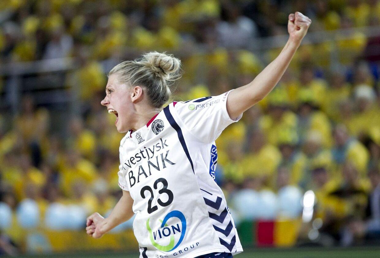 Håndbold EHF-Cup finale for kvinder: Metz imod Team Tvis Holstebro. Her ses Ann Grethe Nørgaard fra TTH