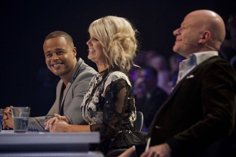 X Factor liveshow fredag d. 21 februar 2014. Her ses dommerne Blachman, Lina og Remee