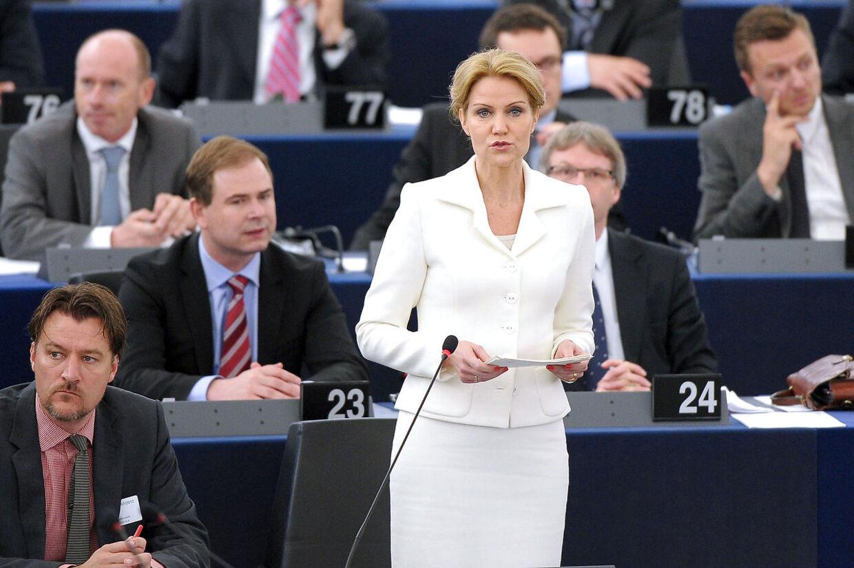 Statsminister Helle Thorning-Schmidt talte foran Europaparlementet i Strasbourg tirsdag. Kort efter gik Messerschmidt til angreb fra samme talerstol.