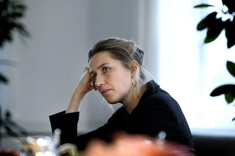 Beskæftigelsesminister Mette Frederiksen burde tage klart afstand fra Venstres forslag om at halvere dagpenge- og kontanthjælpen for unge under 30, mener FOAs formand, Dennis Kristensen (arkivfoto).