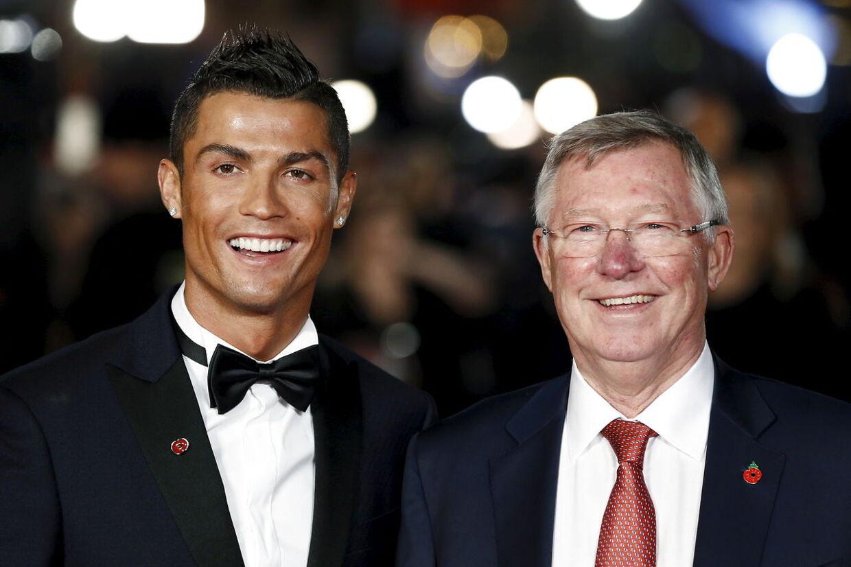 Cristiano Ronaldo og Sir Alex Ferguson til premiere på filmen om Ronaldo.