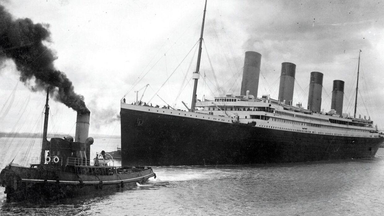 Her ses Titanic, der forlader Southampton for at begive sig ud på sin jomfrurejse, der endte fatalt.