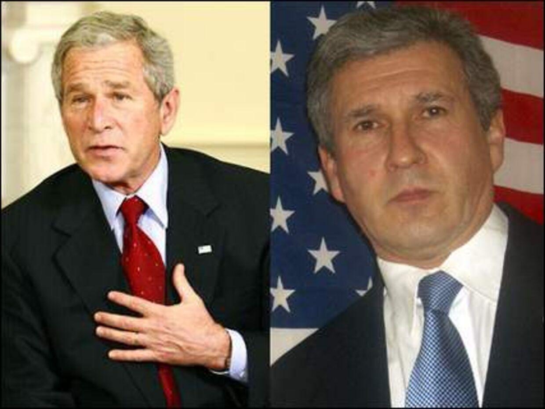 To udgaver af en af verdens mest magtfulde mænd. Det er den ægte til venstre.