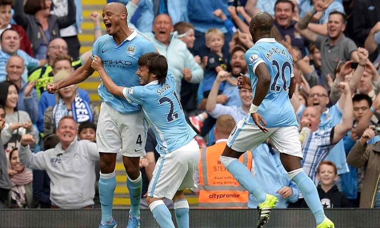 Arkivfoto: Vincent Kompany (tv) i aktion for Manchester City